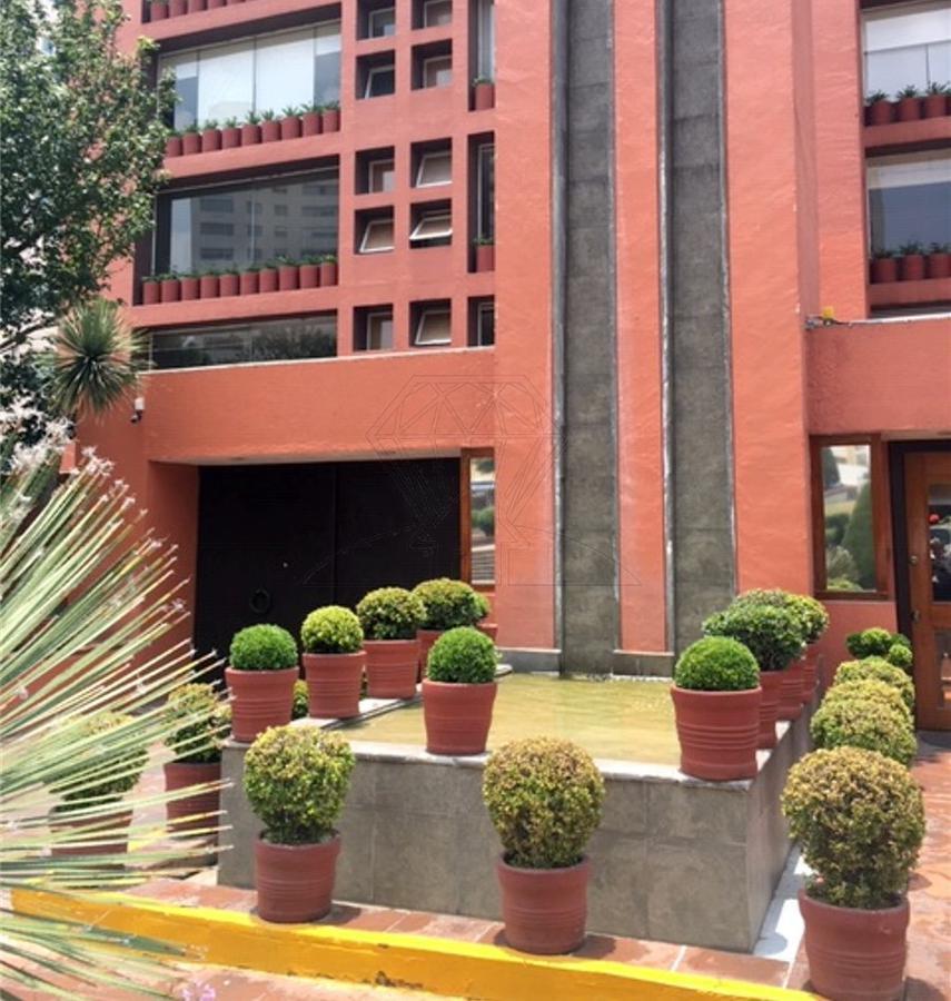 Foto Departamento en Venta en  Hacienda de las Palmas,  Huixquilucan  Interlomas, departamento en venta con TAPANCO en Hacienda el Ciervo (RC/GR )