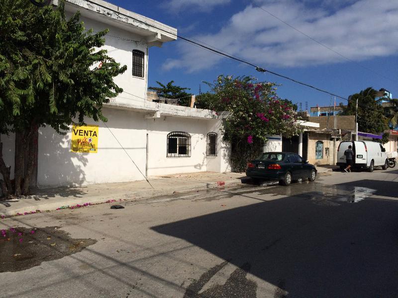 Foto Casa en Venta en  Luis Donaldo Colosio,  Solidaridad  PRECIOSA PROPIEDAD EN ESQUINA CALLE 58 CON AVENIDA 35