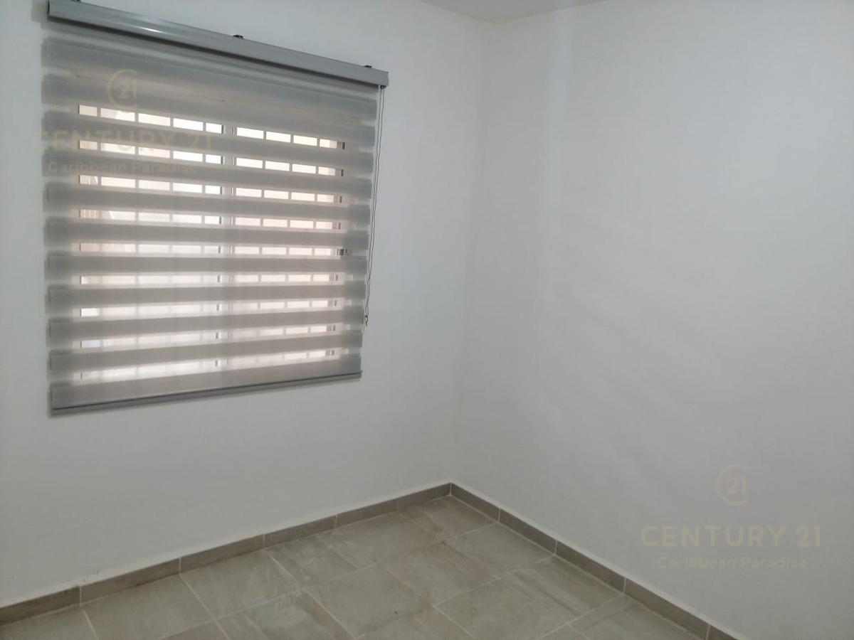 Playa del Carmen Departamento for Alquiler scene image 8