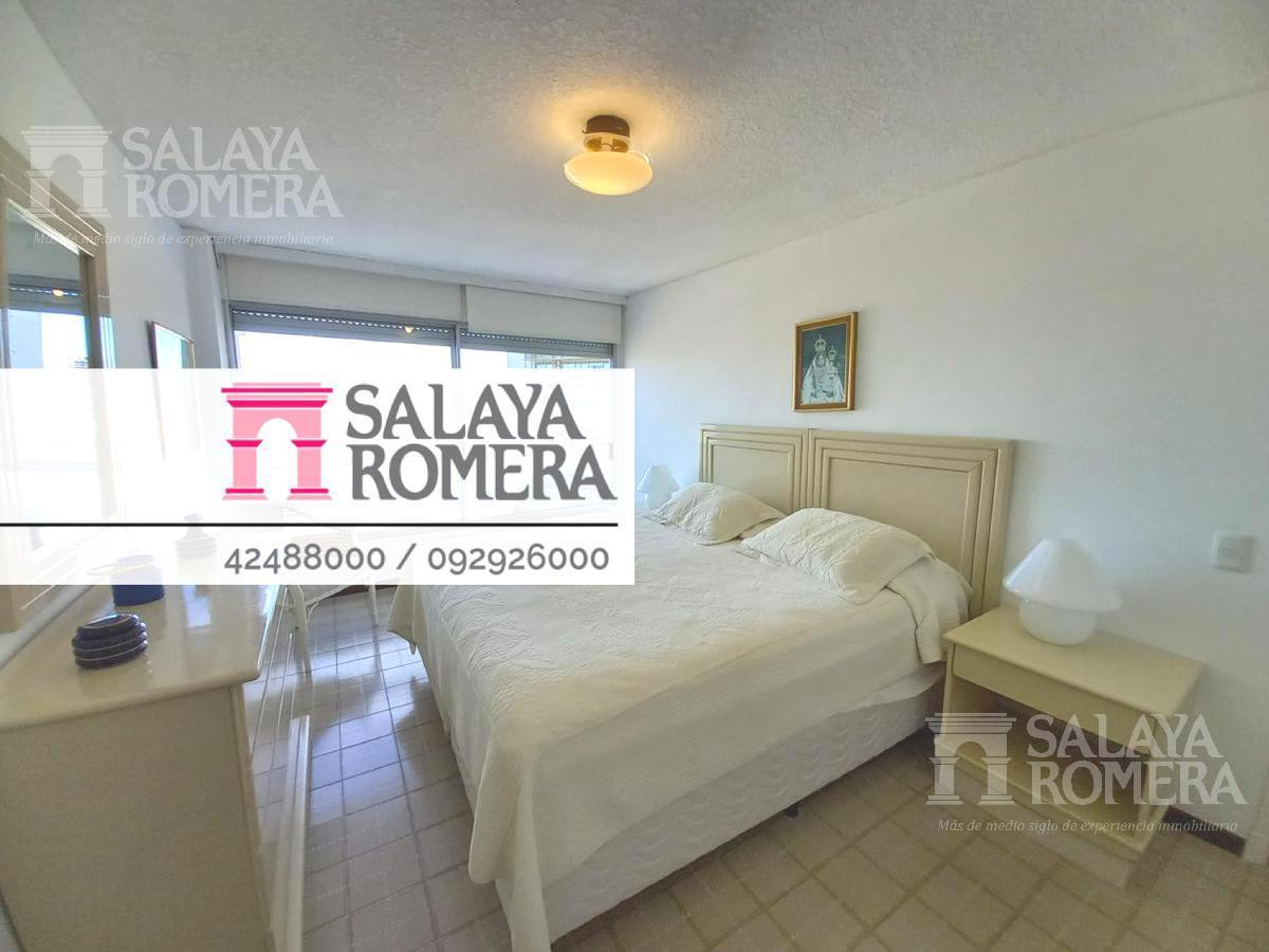 Foto Departamento en Venta en  Aidy Grill,  Punta del Este  ¡Departamento Primera Linea Playa Brava! 2 dormitorios, 2 baños!
