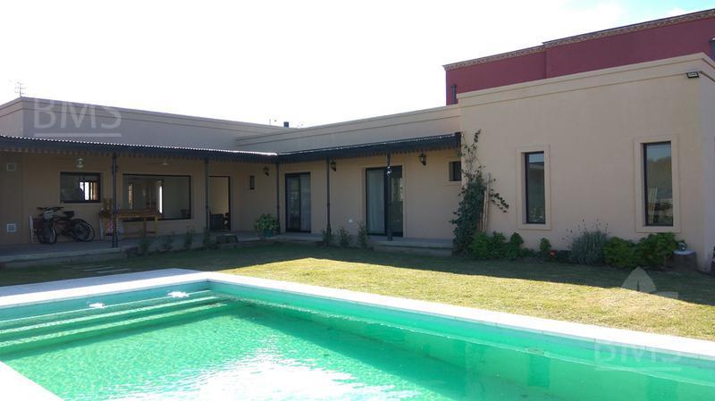 Foto Casa en Alquiler en  San Benito,  Villanueva  San Benito