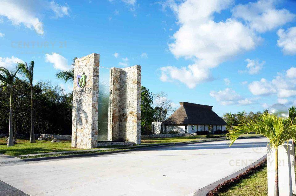 Foto Terreno en Venta en  Playa del Carmen ,  Quintana Roo  Terreno Residencial, entrega inmediata, El Encuentro Playa del Carmen P2825