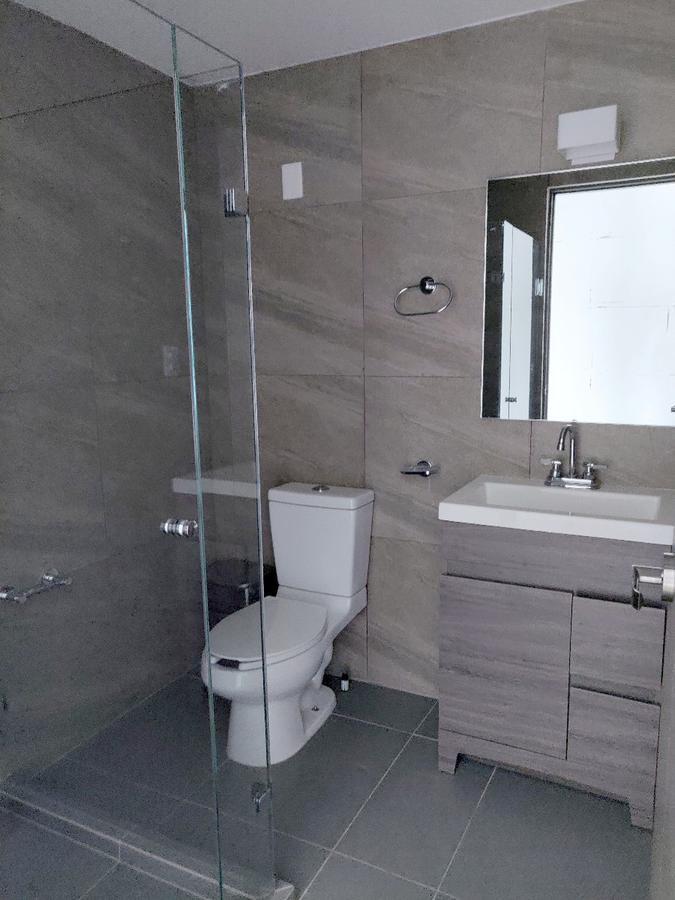 Foto Oficina en Renta en  Interlomas,  Huixquilucan  A la renta Oficina o Consultorio en Interlomas, edificio corporativo (JS)