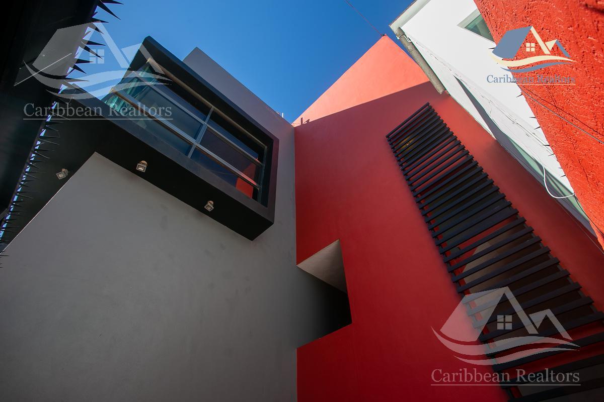 Picture Commercial Building in Sale in  Supermanzana 50,  Cancún  Supermanzana 50