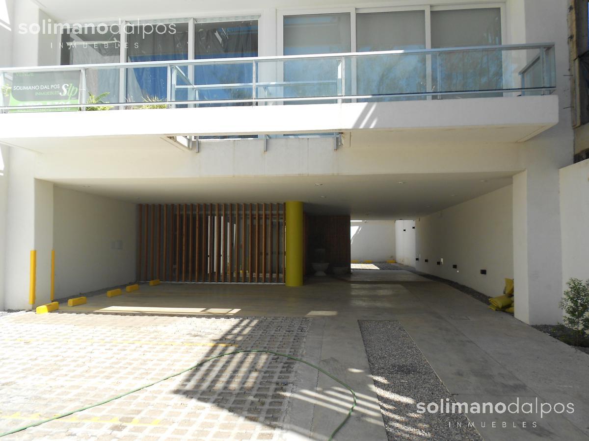 Foto Departamento en Venta en  Olivos,  Vicente Lopez  SOLIS, Juan Diaz de al 1982