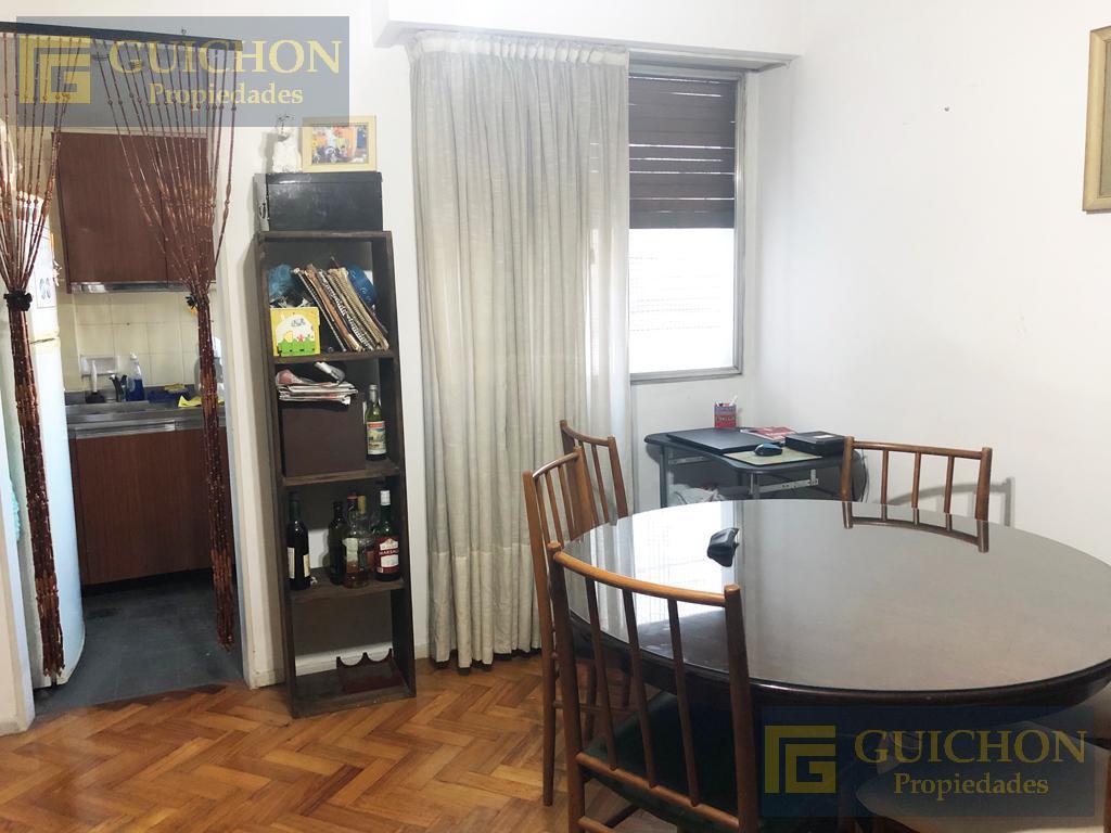 Foto Departamento en Venta en  Recoleta ,  Capital Federal  Uriburu al 1500 6°