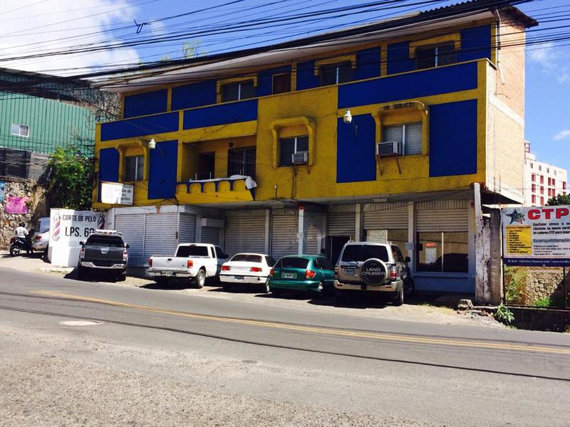Foto Oficina en Renta en  Boulevard Morazan,  Tegucigalpa  Local En Renta A Una Cuadra Del Boulevar Morazan Tegucigalpa