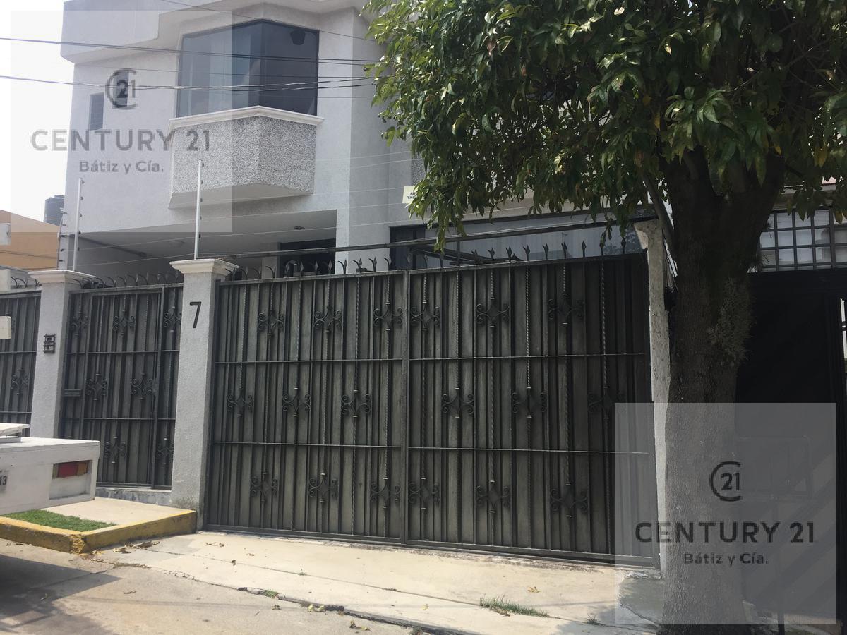Foto Casa en Venta en  Colonial Satélite,  Naucalpan de Juárez  VIRREY 1-7