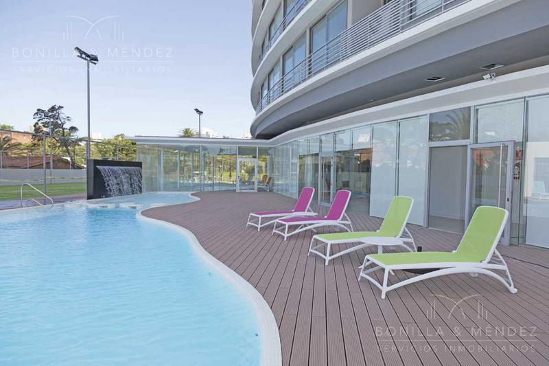 Foto Apartamento en Venta en  Aidy Grill,  Punta del Este  Avenida Francisco Salazar y Juan Zorrilla de San Martin