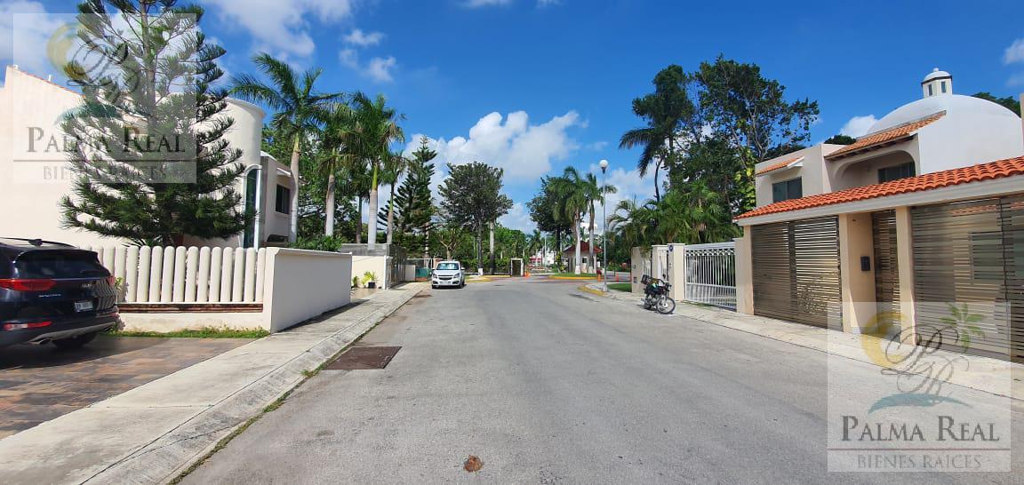Foto Casa en Renta en  Supermanzana 523,  Cancún  CASA EN RENTA Y VENTA OPORTUNIDAD!