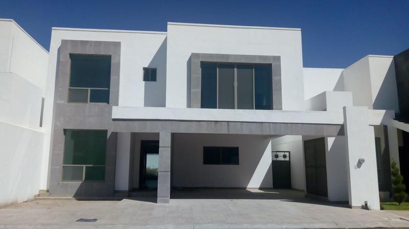 Foto Casa en Renta en  Fraccionamiento Real del Nogalar,  Torreón  Casa Real del Nogalar a estrenar totalmente equipada