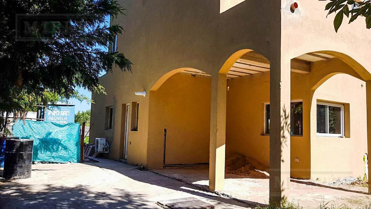 Casa en venta en Villanueva, barrio San Isidro Labrador