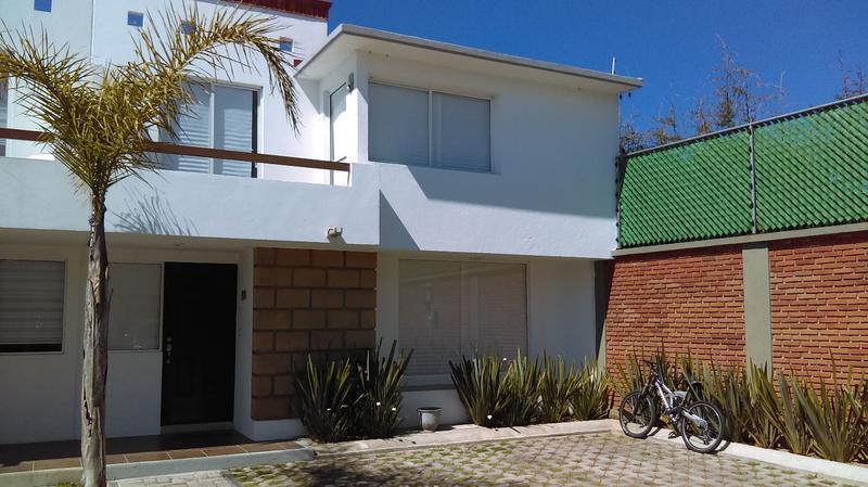 Foto Casa en condominio en Renta en  Juárez (Los Chirinos),  Ocoyoacac  Bosque de los Encinos, Hermosa Casa  Tipo Nogal en Renta!