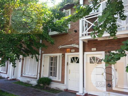 Foto Casa en Venta en  Villa Sarmiento,  Moron  Chile al 400