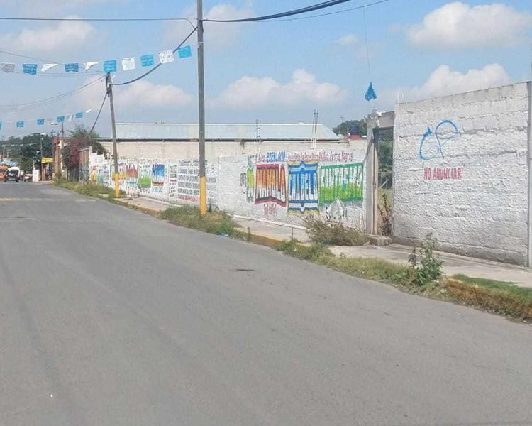 Foto Terreno en Venta en  San Vicente Chicoloapan de Juárez Centro,  Chicoloapan  SAN VICENTE CHICOLOAPAN, ESTADO DE MEXICO, CABECERA MUNICIPAL, AVENIDA LIBERTAD S/N LOTE 1