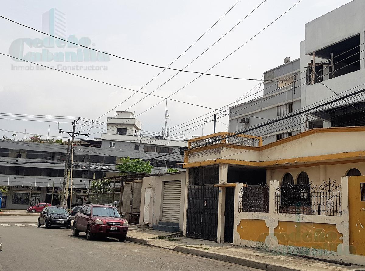Foto Edificio Comercial en Venta en  Norte de Guayaquil,  Guayaquil  VENTA DE CONDOMINIO CON LOCAL COMERCIAL  EN OBRA GRIS  UBICACIÓN ESTRATÉGICA