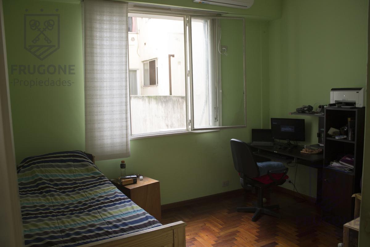 Foto Departamento en Venta en  Almagro ,  Capital Federal  Mario Bravo 100