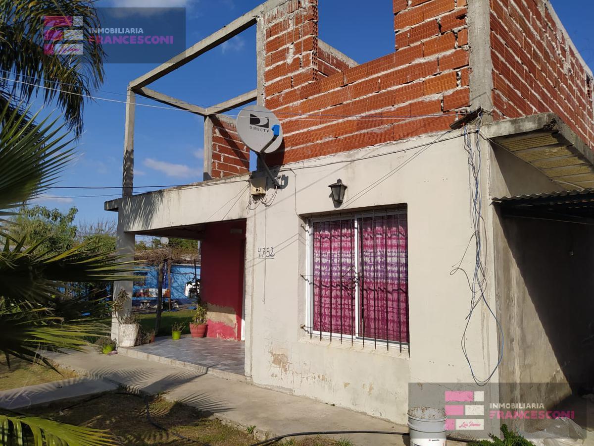Foto Casa en Venta en  Joaquin Gorina,  La Plata  134 484 y 485