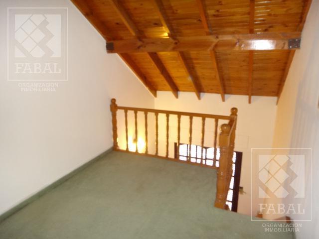 Foto Casa en Venta en  Villa Farrell,  Capital  Juan XXIII 1440