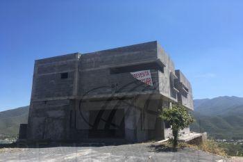 Foto Casa en Venta en  El Cercado Centro,  Santiago  Casa en venta en Santiago Nuevo León Colonia Alviento.