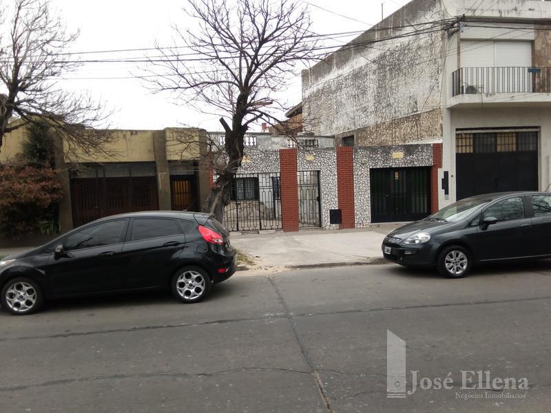 Foto Casa en Venta en  Rosario ,  Santa Fe  COLON al 3200