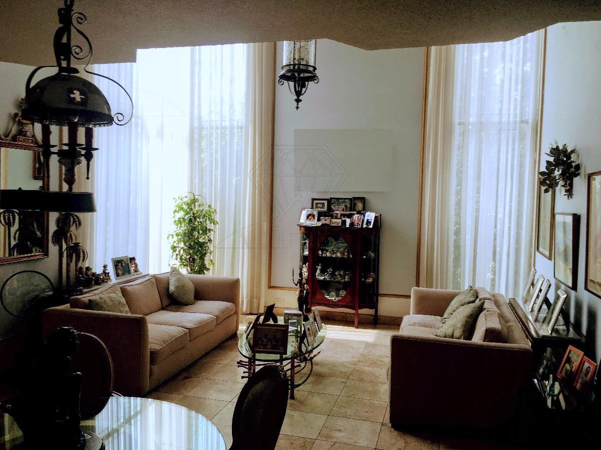 Foto Casa en Venta en  Lomas de Tecamachalco,  Huixquilucan  Fuente del Rey casa a la venta con JARDIN y TERRAZA, Tecamachalco (GR)