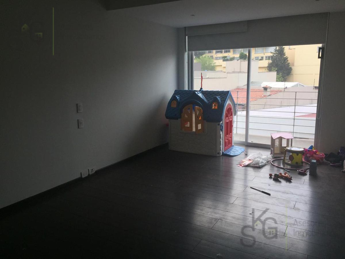 Foto Departamento en Venta en  Hacienda de las Palmas,  Huixquilucan  SKG Asesores Inmobiliarios Vende Departamento con Balcon Hacienda de las Palmas