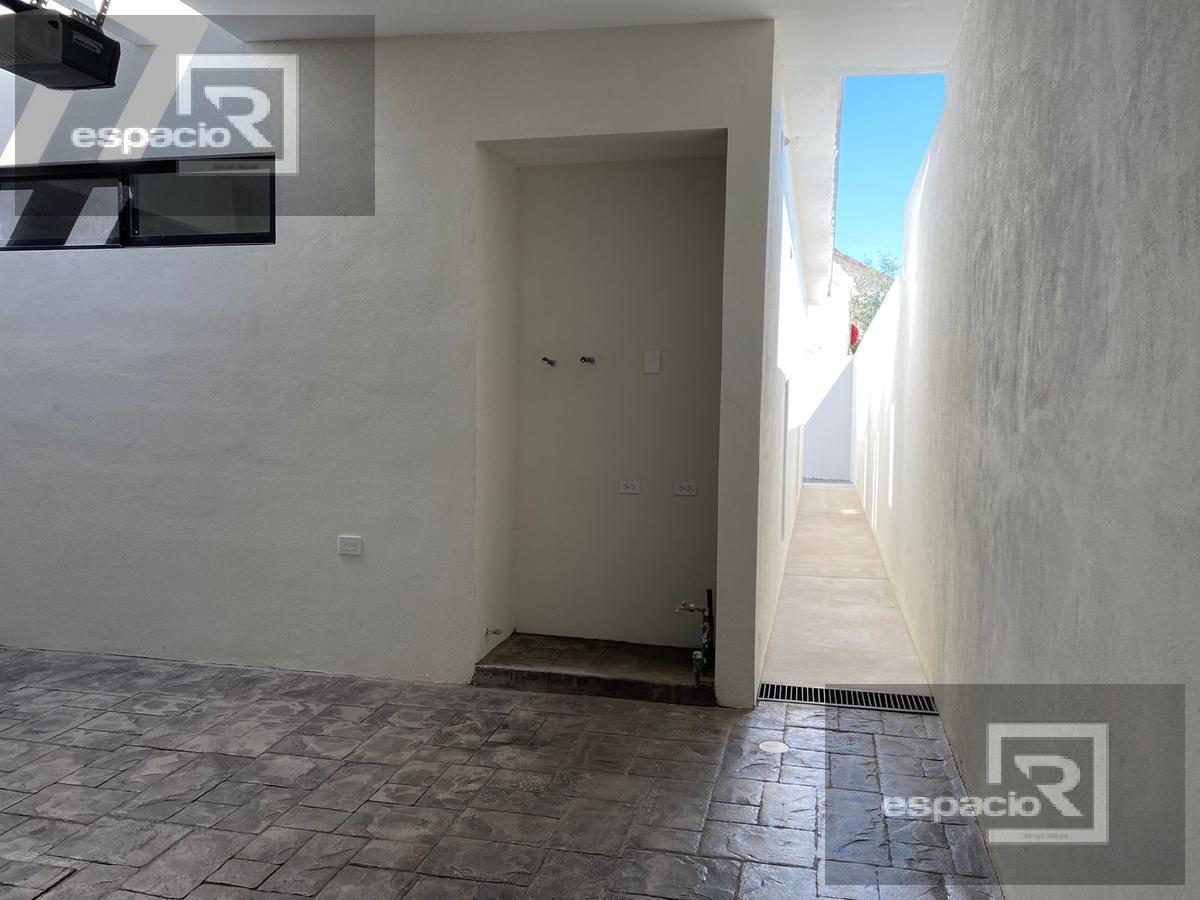 Foto Casa en Venta en  Pedregal del Alba ,  Chihuahua  MODERNA CASA EN VENTA DE UNA PLANTA EN PEDREGAL DEL ALBA