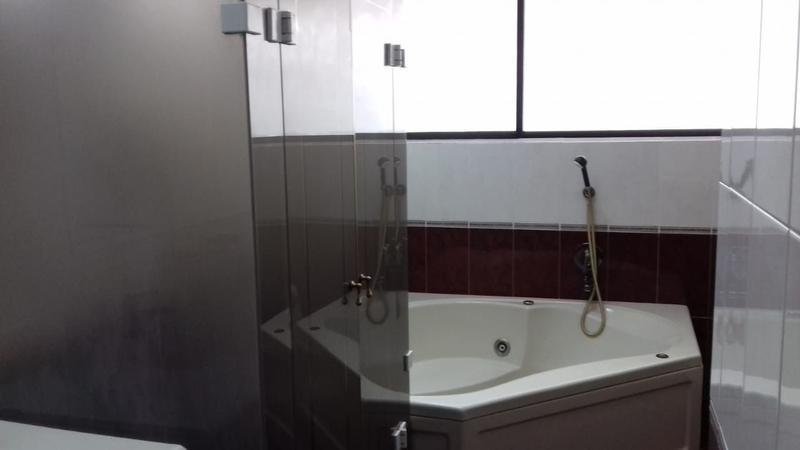 Foto Departamento en Venta en  Centro Norte,  Quito  Monteserrin