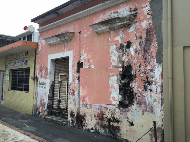 Foto Local en Venta en  Veracruz ,  Veracruz  Callejón Clavijero # 133 Col. Centro Veracruz, Ver.
