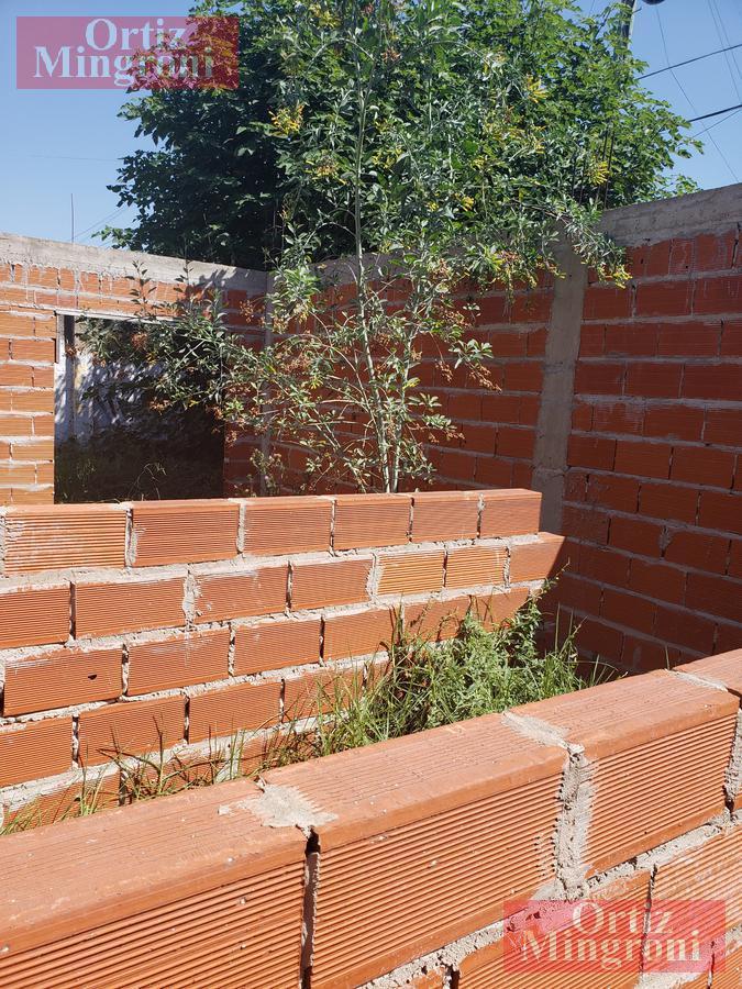 Foto Terreno en Venta en  Lomas de Zamora Oeste,  Lomas De Zamora  Prando y Pereyra Lucena