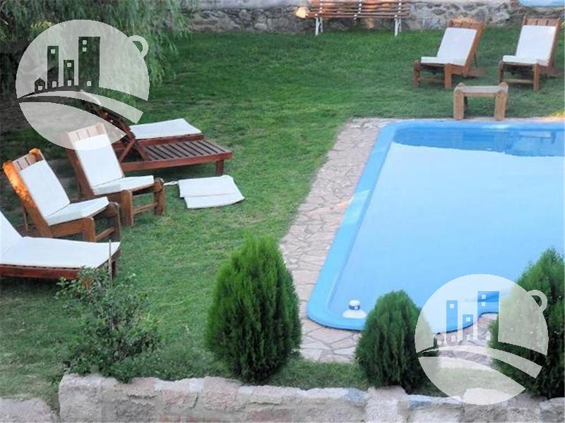 Foto Hotel en Venta   Alquiler en  Capilla Del Monte,  Punilla  CONFIDENCIAL