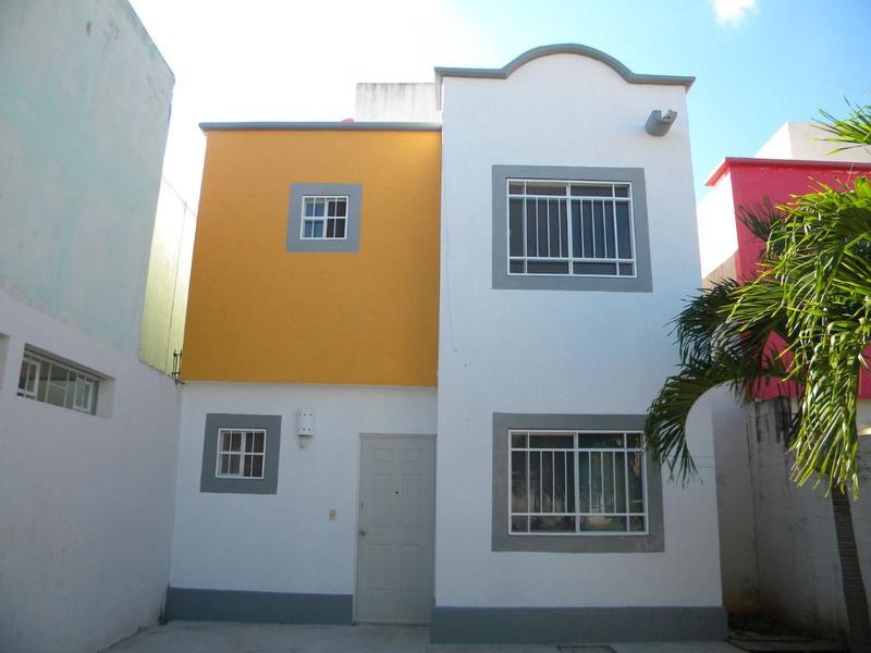 Foto Casa en Renta en  Jardines de Banampak,  Cancún  Casa en Renta en Cancún Jardines de Bonampak  3 recámaras. Supermanzana 77