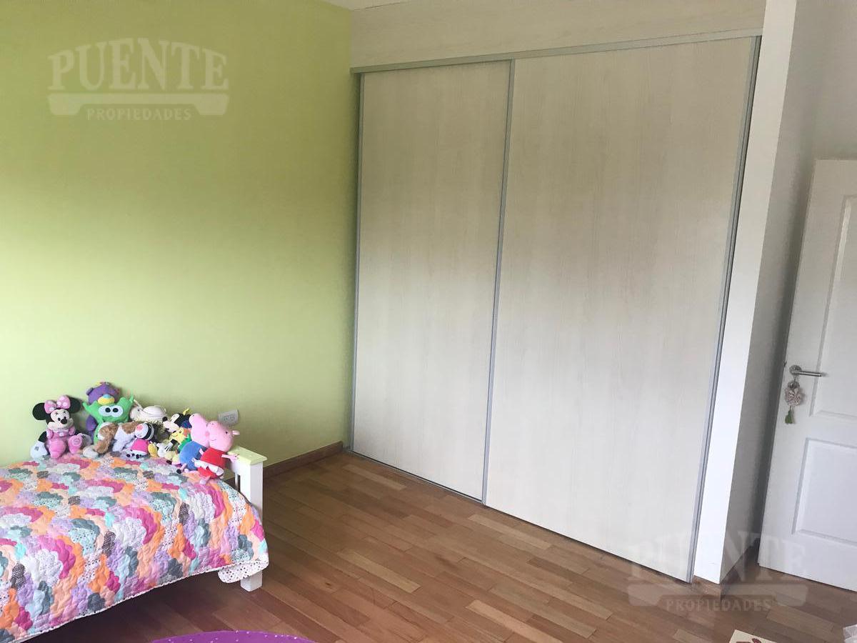 Foto Casa en Venta en  La Providencia,  Countries/B.Cerrado (Ezeiza)  La Providencia Sector Polo