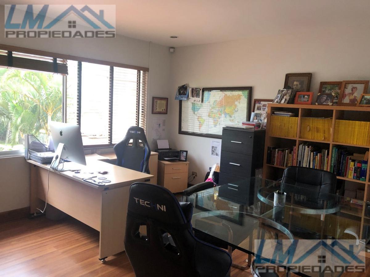 Foto Casa en condominio en Venta en  Pozos,  Santa Ana  Pozos Santa Ana