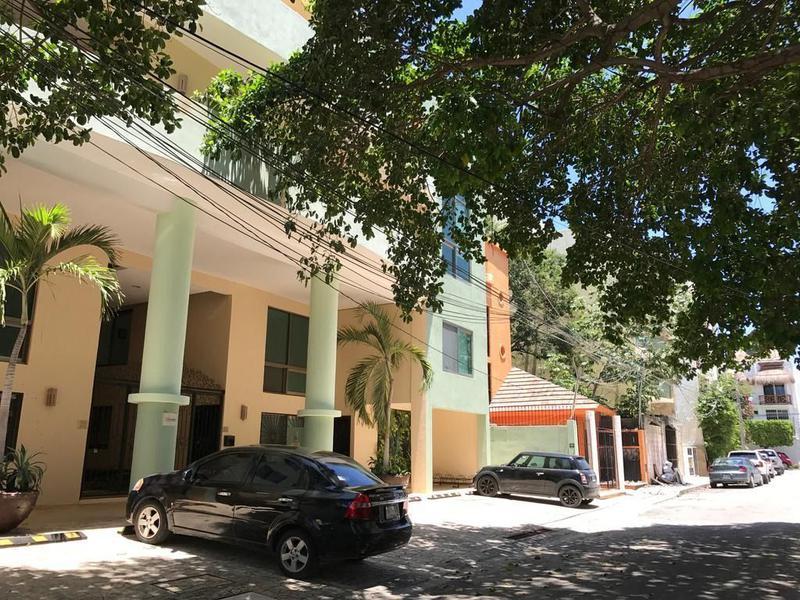 Foto Departamento en Venta en  Playa del Carmen,  Solidaridad  Espectacular departamento en venta 5ta. Avenida Norte Bis,  de Playa del Carmen P2671