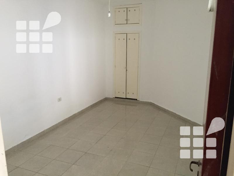Foto PH en Venta en  La Plata ,  G.B.A. Zona Sur  13 Nº al 500