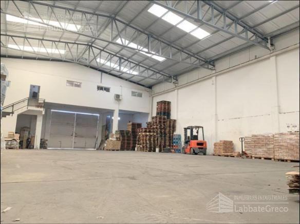 Foto Nave Industrial en Alquiler | Venta en  Loma Hermosa,  Tres De Febrero  Av. Eva Perón al 6400