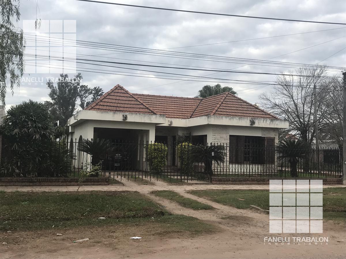 Foto Casa en Venta en  San Martin,  Presidencia Roque Saenz Peña  12 esquina 45