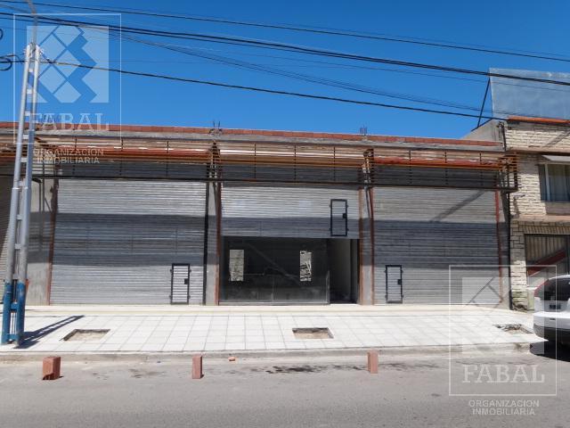 Foto Local en Alquiler en  Manuel  Belgrano,  Capital  Montevideo 485 - zona Ruta 22