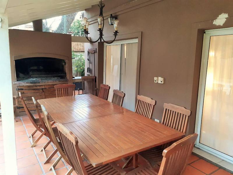 Foto Casa en Venta en  La Chacra,  Countries/B.Cerrado (San Fernando)  Santa Rosa 2400