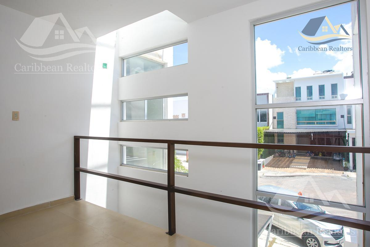 Picture House in Rent | Sale in  Residencial Palmaris,  Cancún  Residencial Palmaris