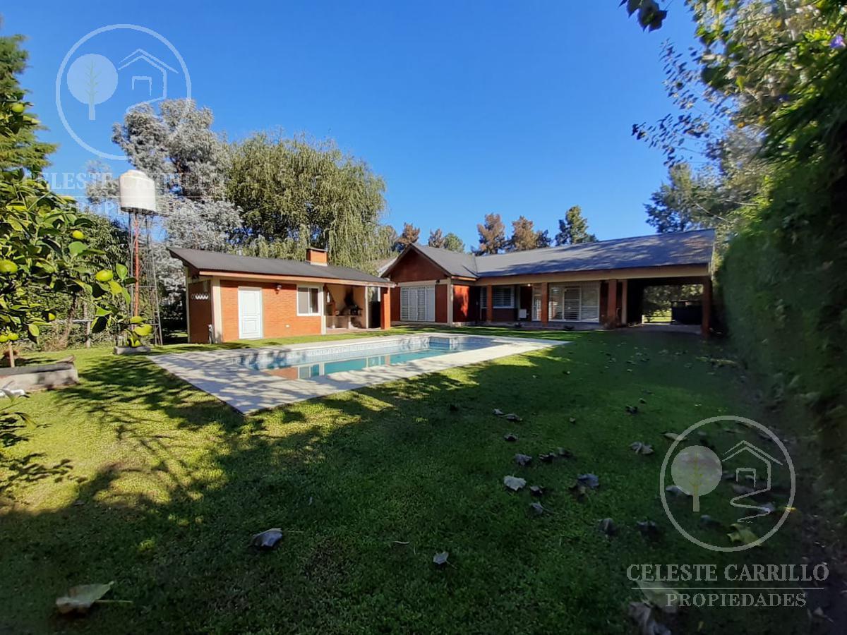 Foto Casa en Venta en  Parque Sakura,  Countries/B.Cerrado (Exaltación)  Bernardez al 500
