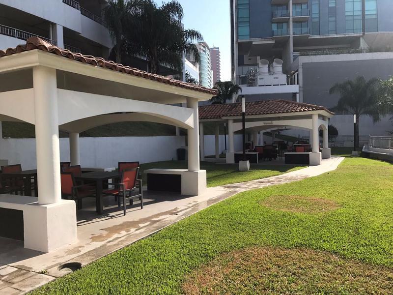 Foto Departamento en Renta en  Zona Valle Oriente Sur,  San Pedro Garza Garcia  DEPARTAMENTO EN RENTA EN ADMIRANZAS AMUEBLADO