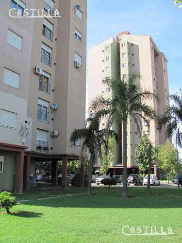 Foto Departamento en Venta en  Tigre,  Tigre  Av. LARRALDE, CRISOLOGO 2200 Condominio Los Alamos