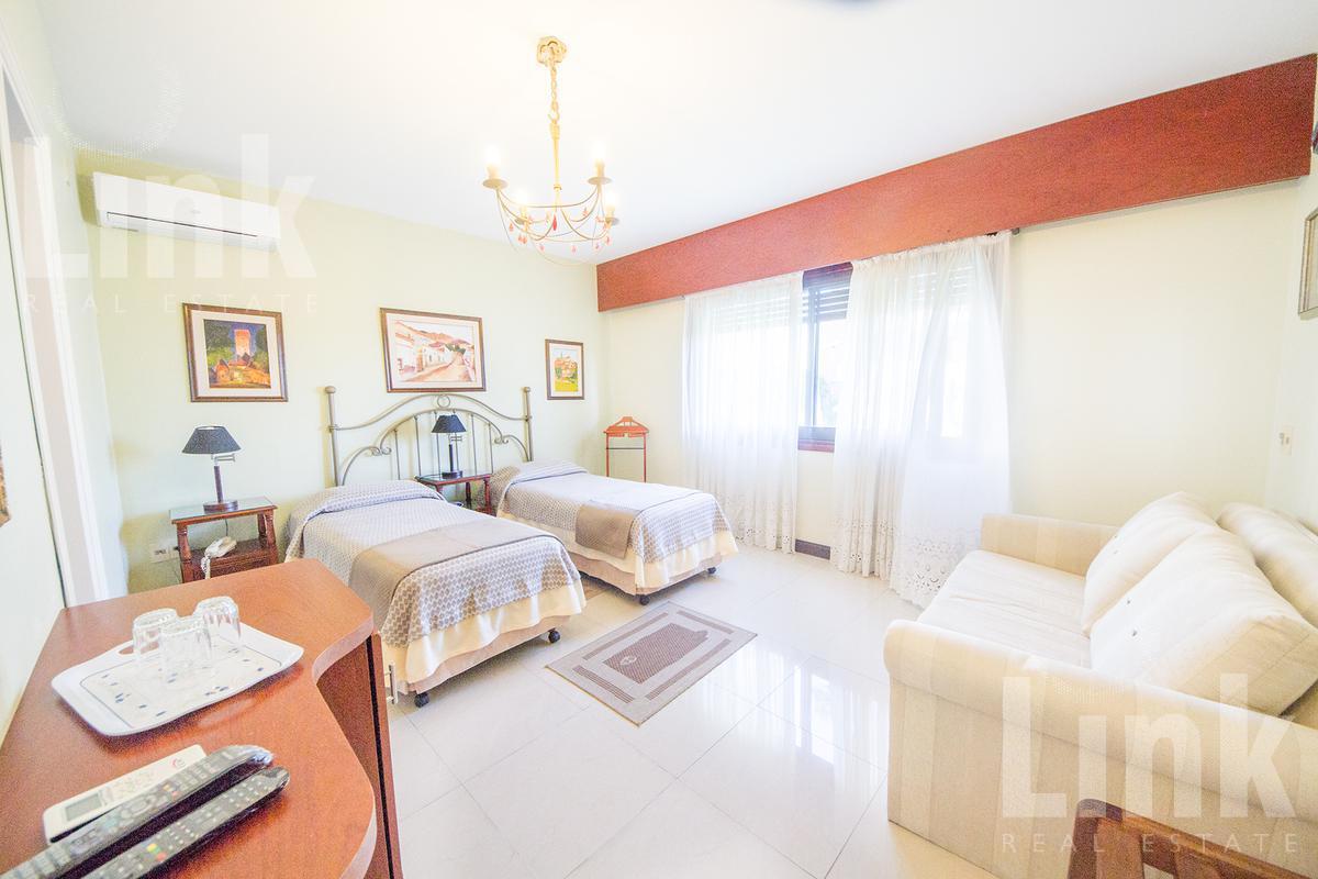 Foto Hotel en Venta en  Playa Mansa,  Punta del Este  Playa Mansa