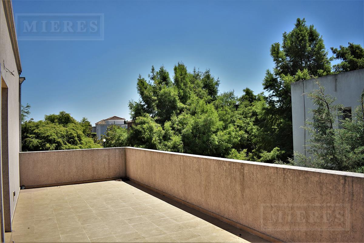 Mieres Propiedades - Casa de 294 mts en Villa Olivos