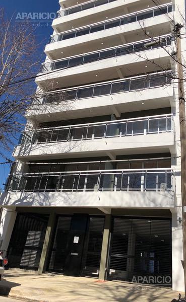 Foto Departamento en Alquiler |  en  La Plata ,  G.B.A. Zona Sur  18 entre 41 y 42