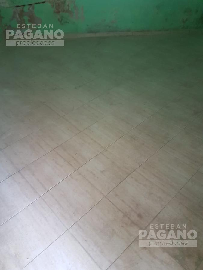 Foto PH en Venta en  La Plata ,  G.B.A. Zona Sur  8 e 32 y 33
