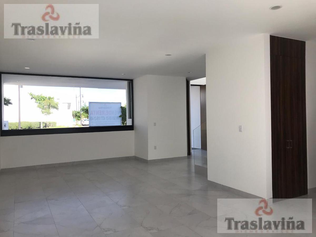 Foto Casa en Venta | Renta en  El Mayorazgo,  León          Mayorazgo de Santa Cecilia   FRENTE AREA VERDE!!